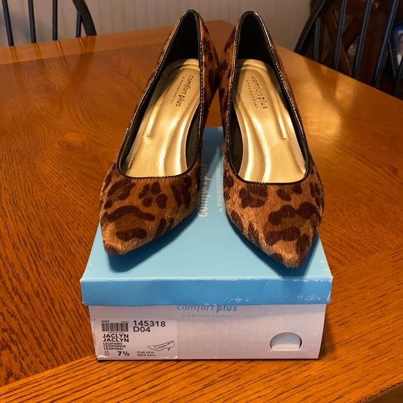 Comfort Plus Heels, size 7.5